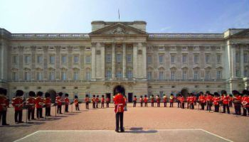 Buckingham Palace - a must-see for any tour of Britain