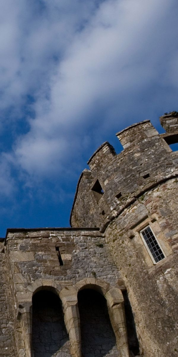 Cahir Castle, accommodation by Discover Ireland Tours Destination Management Company