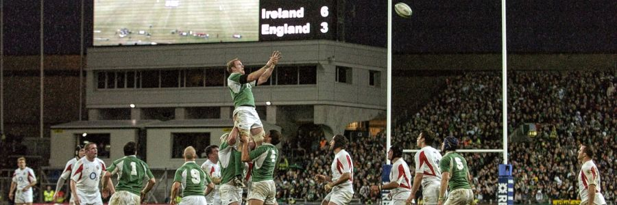 Ireland Vs England Rugby Game Dublin Ireland. Enjoy The sporting culture of Ireland with Discover Ireland Tours.