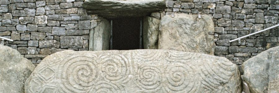 Newgrange County Meath Ireland. Enjoy the iconic scenes of Ireland with Discover Ireland Tours.